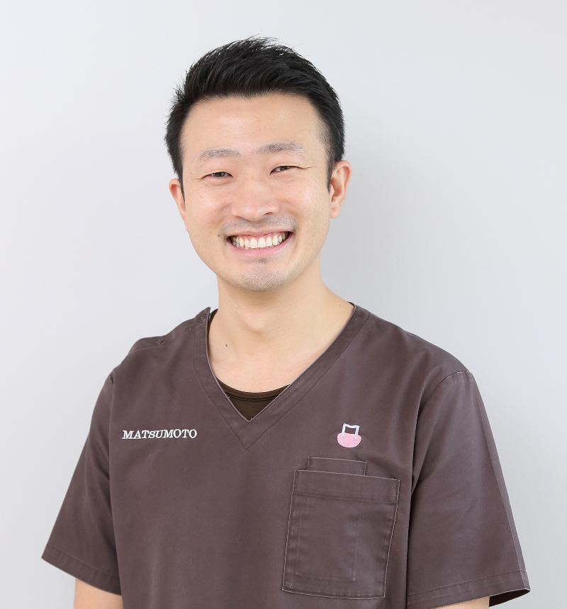 歯科医である父の背中を見て同じ道へ(東大和市歯医者歯科松本デンタルオフィス)